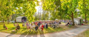 Laukon kartano puistokonsertti konserttipuisto kesäretki Tampere Pirkanmaa keikat konsertit